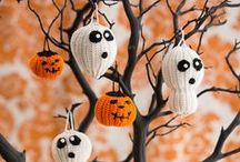 Halloween Costumes & Crafts / Make Halloween as scary or as friendly as you like when you have a handmade Halloween. Costumes, crafts and decorations ensure your parties and trick-or-treating will look great! / by Red Heart Yarns