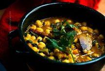 soups and stews / by Leslee Lozoya