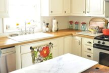 Kitchen/dining room / by Katie McFalls