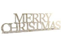 ❆ Inspirations de Noël ❆ / ♪♫ Christmas is all around us ♪♫ La période de fêtes arrive à grands pas, décembre est arrivé accompagné de ses rues enneigées. Vous rêvez de marchés de Noël, de cannelle et de vin chaud ? Et oui, vous êtes contaminés du syndrome de l'Avent ! Une seule cure possible : succombez à la déco 100% festive de Noël. Voici notre sélection Home24 pour un Noël chaleureux.