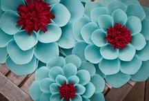 DIY Scrapbooking Flowers / #Flowers - #Homemade, #Scrapbooking, #Crafts, #DIY Flowers, #Paper Flowers, #Felt Flowers, #Punched Flowers, #Fabric Flowers, #Ribbon Flowers , #Scrapbook flowers, #Flowers, #Scrapbooking