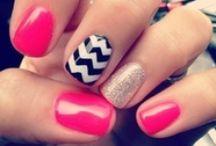 nails  / by Savannah McCoy