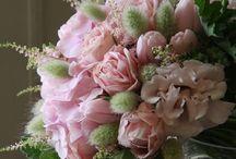 "~ Fleurs Pour La Table ~ / ""I must have flowers, always and always "" - Monet"