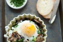 Eating is my favorite: Breakfast & Brunch / because breakfast, brunch, and brinner are my favorite meals.