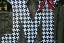 All Things Houndstooth / by Carrie Shinkle