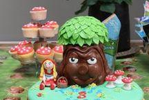 Sprookjesboom taarten / Sprookjesboom vind je normaal in het Sprookjesbos, maar ook op creatief gemaakte taarten!