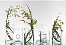 MODERN FLORAL DESIGN / Fresh florals, modern design, and our favorite picks of unique arrangements designed by creative florists.