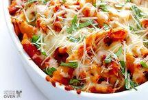 Easy Dinner Recipes / Easy dinner recipe ideas for busy families.