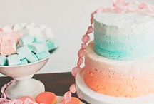 cake decorating / This board is full of cake decorating inspiration. Beautifully iced cakes and cake designs are featured with tips and tricks to help frosting the most beautiful cakes around.