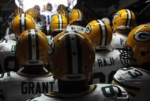 ♥ Green Bay Packers ♥ / by Courtney Bartlett