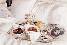 breakfast time / by Isabelle Berten