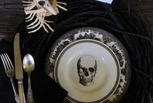 Friends of BNOTP: Halloween Tablescapes / This board is dedicated to the friends of Between Naps on the Porch who love everything about setting a beautiful and spooky table for Halloween. Please pin no more than 2 pics of  each table for us to enjoy! Only family friendly posts about Halloween tablescapes and centerpiece ideas please!