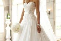 Wedding Dresses / by Dana Markech
