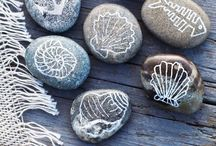Seashells / The ocean's perfect decoration and example of nature's beauty. Just as there're thousands of seashells scattered around the world, each one represents thousands of different stories, travels and has the ability recall memories from a particular time or place.