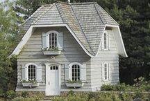 Cottage / by Elizabeth Denson Boshell