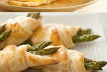 Crescent Roll Ideas / by Alana Hite