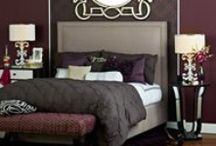 Bedrooms / by Mollee Tefft-Huber
