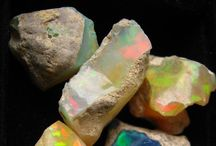 Gemstone love / We are drawn to the natural beauty and intention that each gemstone provides and draws upon.