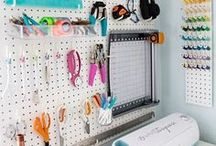 Craft Room Organization / The best ideas to organize the craft room.