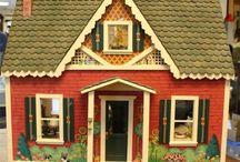 Dollhouse DIY / by Kelly Lee