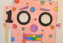 100ième jour d'école grade 1 (February) / Alberta grade 1 math curriculum links and ideas for 100th day of school.