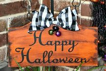 *Halloween/Fall Decor* / by Chastity Davis
