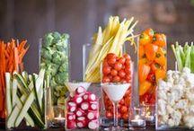 Comida y Bebidas / by Jenny Fisher