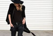 Black Out! / The lesson here is that you can NEVER go wrong in an all black ensemble. Here's some inspo x