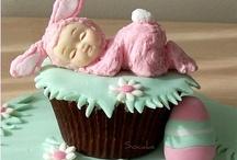 Cupcakes / by Karenyna Beltran