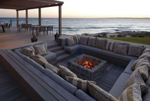 BEACH HOUSE FURNITURE
