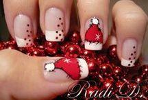 Teen Holiday Nails / Fun nails for the holidays.
