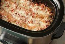 Crockpot Cookin' / Low & Slow Cookin Recipes / by Jesi Bell-Godfrey