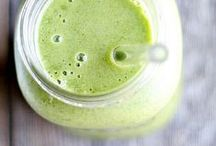 g r e e n s m o o t h i e s  / Green smoothies! Recipes, tips, benefits & more.