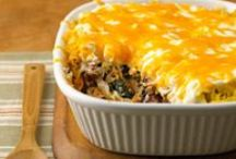 Casseroles. / by Tiffany Parsons