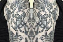 Tattoo Artist Caterina Ferraro Ritual Skin Tattoo Studio  / Tattoo