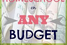 Homeschool on a Budget / Homeschool on a budget without feeling the strain with easy-to-apply tips and tricks, freebies and much more!