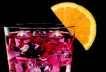 Drinks / by Tiffany Rausch