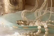 Pearls Pearls Pearls / by Martina Kocijan