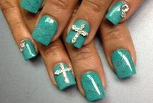 Beauty: Nails / by Tiffany Rausch