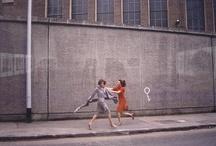 guy bourdin / Guy Bourdin (2 dezembro 1928, Paris – 29 março 1991, Paris), foi um fotógrafo francês conhecido pelas imagens de moda provocativas.