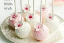 Cake pops  / by Jennifer Faia