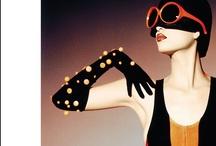 regina guerreiro / Regina Guerreiro é uma jornalista brasileira. Foi editora e diretora da Vogue durante 14 anos, estagiou na Harper's Bazaar, abriu uma empresa de consultoria de moda no Brasil e é considerada por muitos como uma autoridade no mundo da moda.