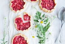 Summer baking / Ideal for picnics and glorious warm weather!