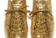 dourado | golden / Cor do Ouro.