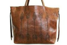 Accessories: Purses & Totes / by Tiffany Rausch
