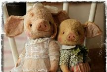 Teddy bears and other critters / ♥  / by Sue Hart