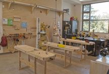 MakerSpace / Ideas and inspiration for setting up a home, school, or library maker space. #makerspace #tinkerlab