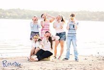 senior portraits. / Senior photography ideas and poses.  Aledo Senior Photographer. Fort Worth Senior Photographer. www.reveriephotoco.com