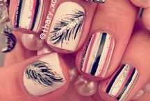 Nails☮ / Put a little color on your fingertips