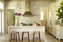 kitchens / by Beatrice K.